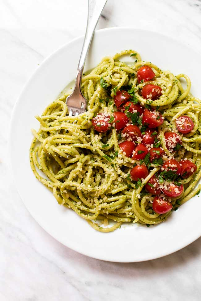 Roasted garlic pesto with pasta and fresh cherry tomatoes