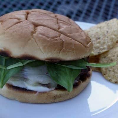 Cheeseburgers with Roasted Garlic Mayo
