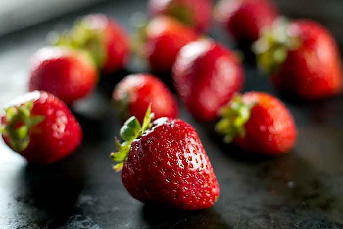 photo of whole strawberries