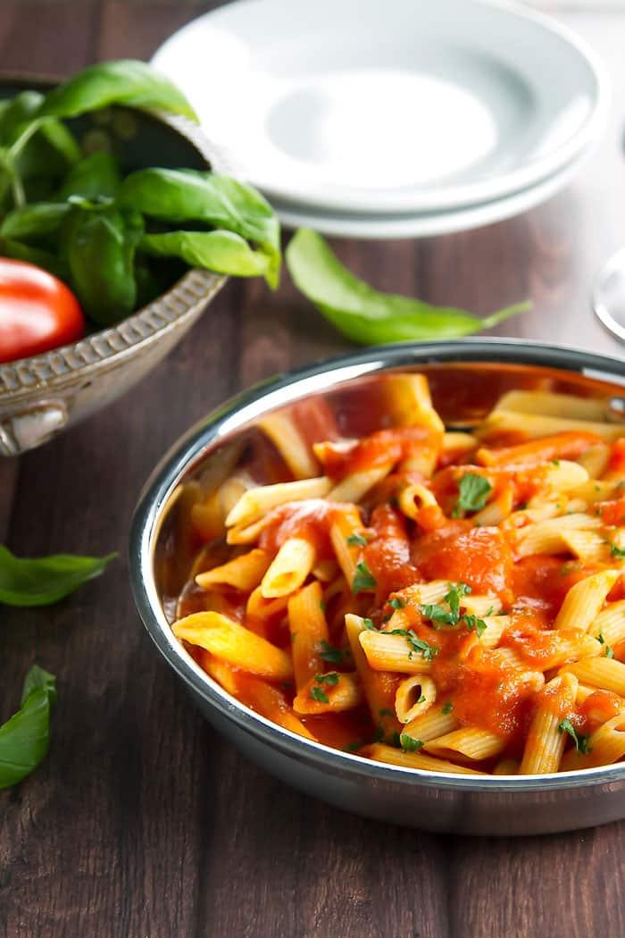 Penne al pomodoro with fresh basil