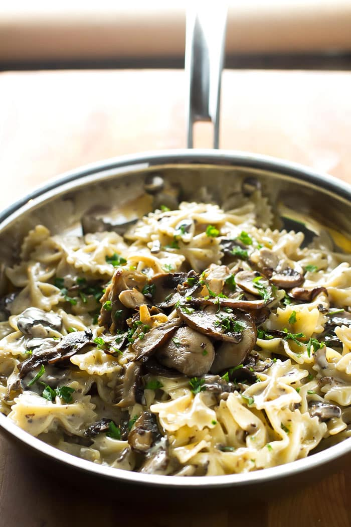 close-up photo of creamy mushroom pasta