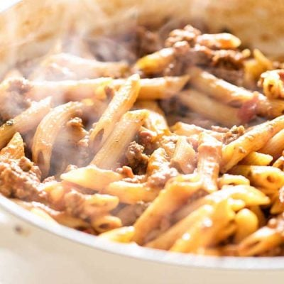 close-up photo of a pan of beef penne