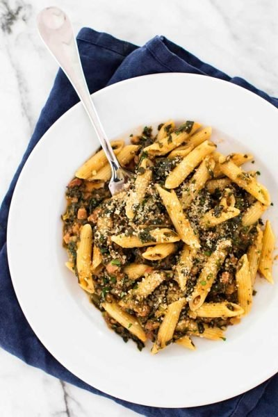 15-Minute Spinach Penne with Pancetta