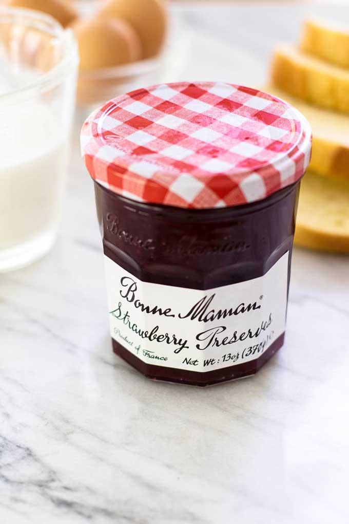 close-up photo of a jar of Bonne Maman preserves