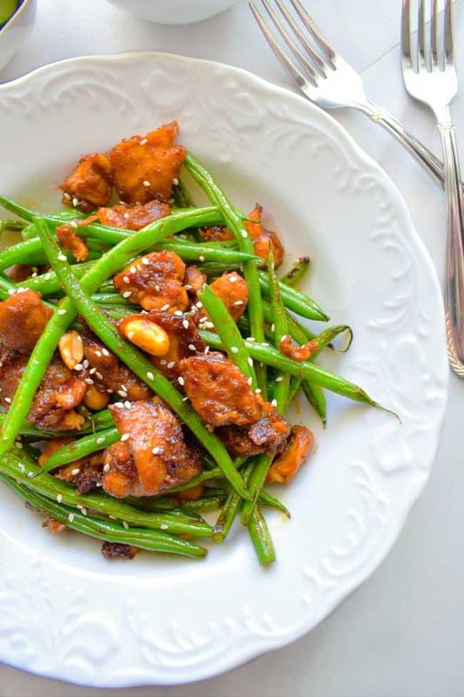 21 Boneless Skinless Chicken Recipes:
