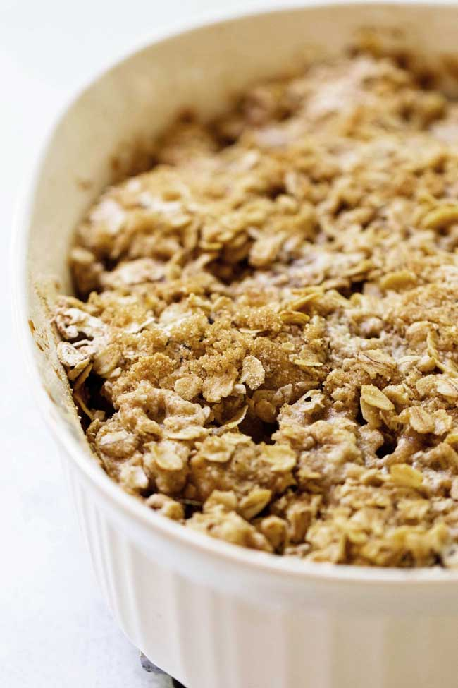 close-up photo of Cranberry Apple Crisp with Oatmeal Topping