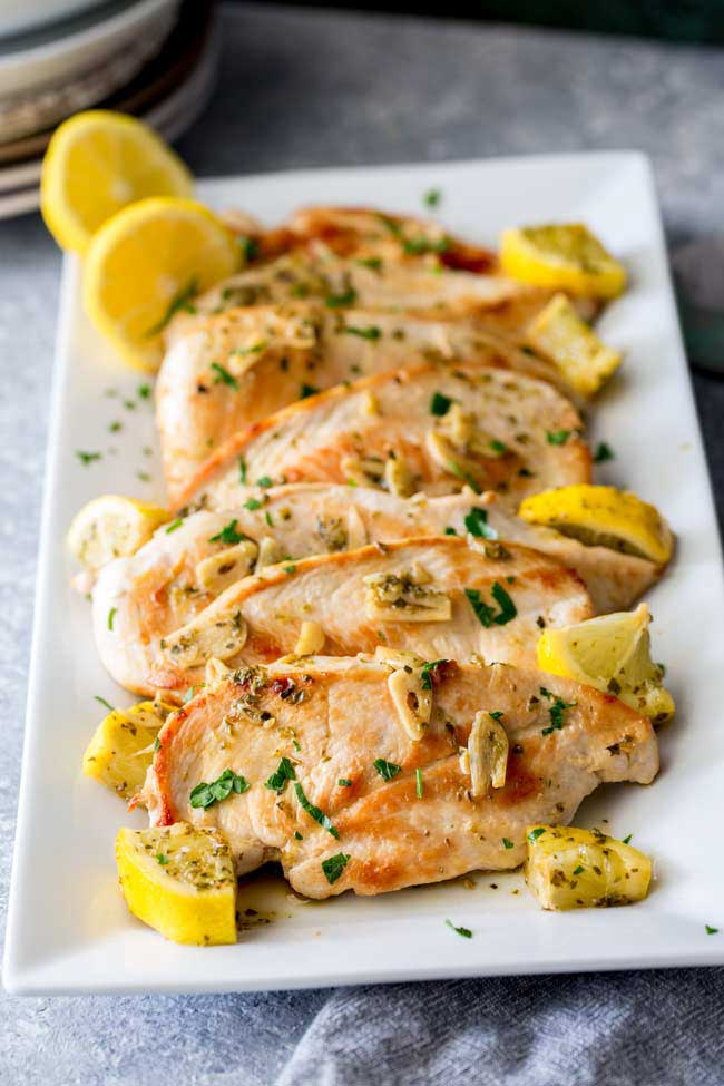 photo of garlic greek chicken with lemon and oregano