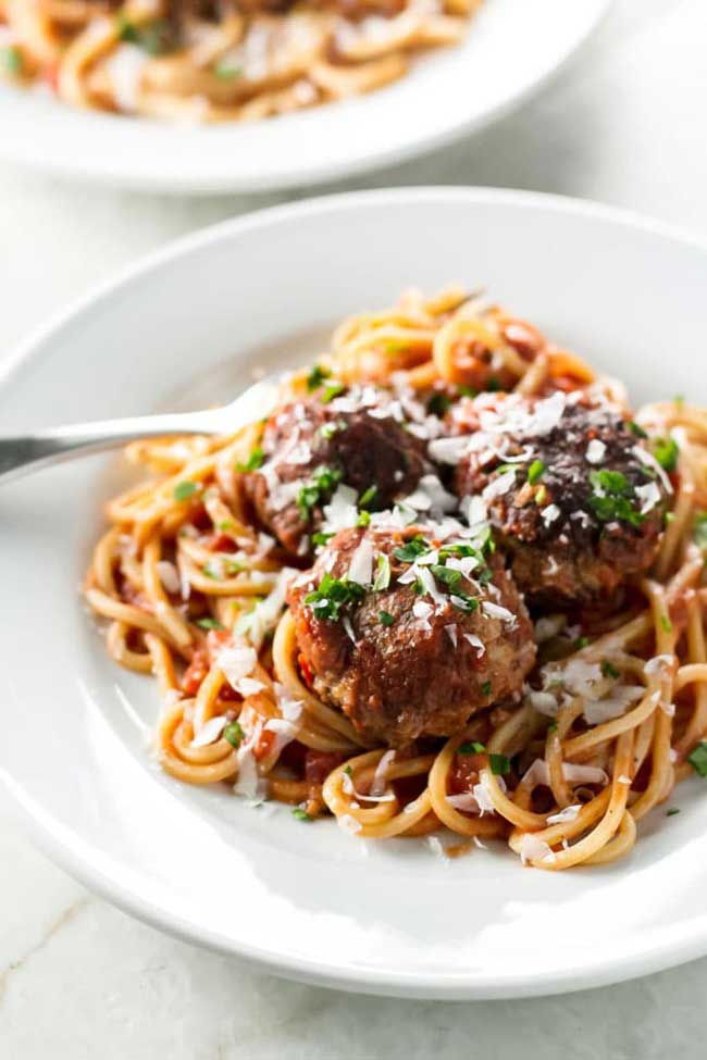 17 Comfort Food Recipes: Spaghetti and Meatballs