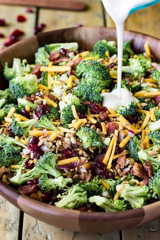 Easy Holiday Side Dishes: Broccoli Salad with Bacon