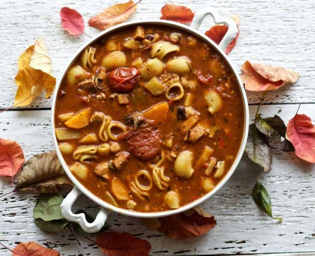 16 Comforting Chicken Soup Recipes: Chicken Noodle Minestrone