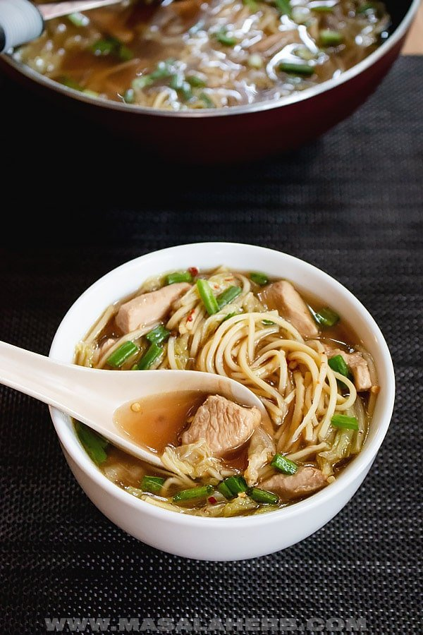 How do you make chinese chicken noodle soup