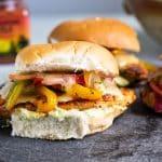 close-up photo of a fajita chicken burger