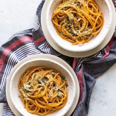 15-Minute Tomato Pasta