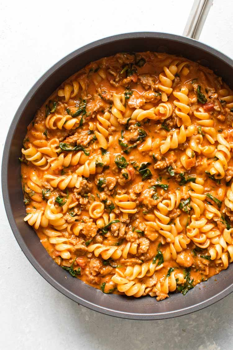 overhead photo of a skillet of pasta