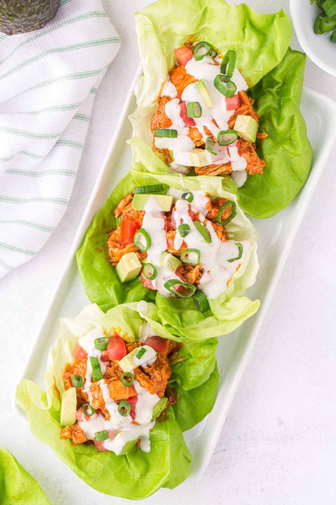 overhead shot of the lettuce wraps.
