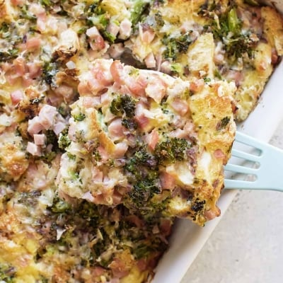 Ham and Broccoli Breakfast Strata