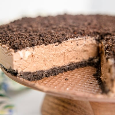No-Bake Mocha Cheesecake